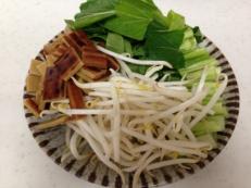 さきかまカレー味と野菜のごま油炒め 材料